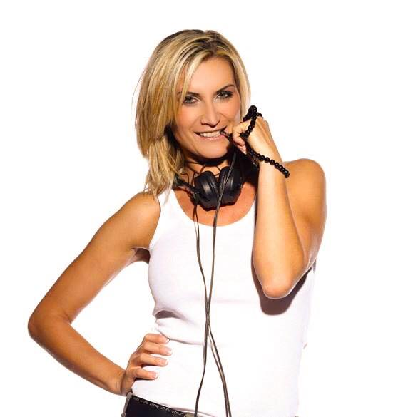 Intro DJ MISS KETTY